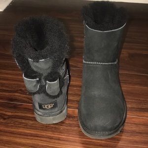 Ugg black short boots with bow on back